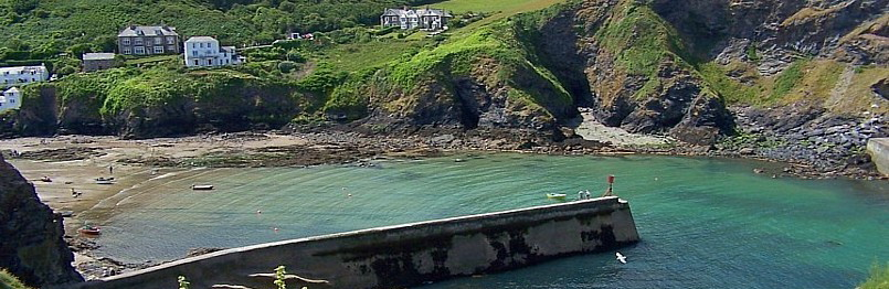 Port Isaac Harbour view
